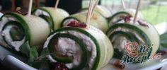 Minipizzy - 13 ks z jedné dávky) Czech Recipes, Ethnic Recipes, Tzatziki, Cucumber, Sushi, Watermelon, Avocado, Fruit, Vegetables