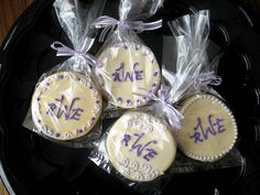 wedding favors colors are ivory,purple and lavender     Please be sure to see our creative wedding favor ideas at www.CreativeWeddingStyle.com