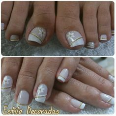 Servicio de Diana Henao                                                                                                                                                                                 Más Flower Nail Designs, Pedicure Designs, Pretty Nail Designs, Toe Nail Designs, Sparkle Nails, Fancy Nails, Diy Nails, Pretty Nails, Feet Nail Design