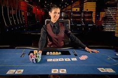 Im Swiss Casino Schaffhausen ist derzeit eine Stelle frei und die Betreiber sind mit Hilfe einer Stellenanzeige auf der Suche nach einem erfahrenen Croupier. Das Team aus freundlichen und kompetenten Mitarbeitern soll durch einen professionellen Croupier verstärkt werden.