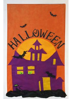 This spooky #SmartFab #Halloween board is great to get your students in the mood for trick-or-treating!