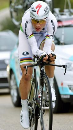 Tony Martin (Omega Pharma-Quick Step), resplendent in his rainbow skinsuit, won the final time trial and overall at the Volta ao Algarve.