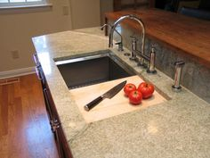 Attrayant Double Sink Illusion With Built In Cutting Board Adds Space Under Sink For  Dishwasher Or Additional Cabinets.