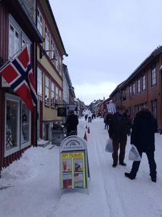 Røros, Norway Street View, Pictures, Photos, Photo Illustration, Resim