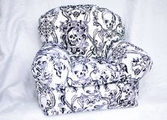 15 skull furniture designs - Skullspiration.com - skull designs, art, fashion and more