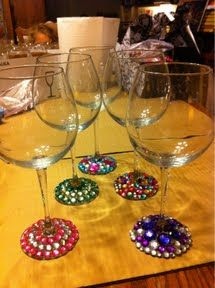 Life is Sweet!: Mint Tea and Bedazzled Wine Glasses Girls Night Crafts, Craft Night, Crafts For Girls, Diy For Girls, Fun Crafts, Arts And Crafts, Wine Glass Crafts, Wine Bottle Crafts, Weekend Crafts
