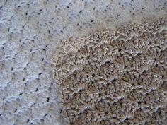 Fine håndklæder i muslingemønster Crochet Home, Diy Crochet, Wood Crafts, Diy And Crafts, Summer Nails, Shag Rug, Pot Holders, Projects To Try, Rugs