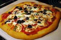Homemade pizza (thin crust or deep dish)