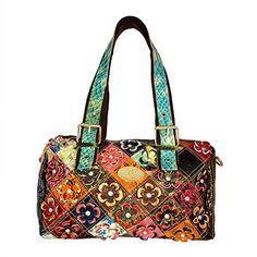 Utrendo Handtasche Helsinki. Hochwertiges Leder mit mehrfarbigem Muster. Blüten mit Strass Kristallen besetzt. Reißverschluss.