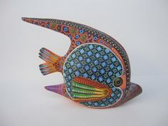 I've always wondered why the Oaxacan carvings never include fish. Here's an exception.       MANUEL CRUZ