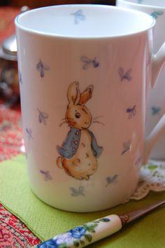 kézzel festett porcelán bögre, Baba-mama-gyerek, Konyhafelszerelés, Bögre, csésze, Meska