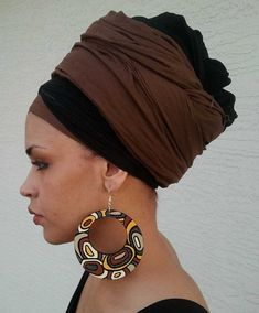 head wrap design 30 Head Wrap Styles That Can Turn Any Bad Hair Day Into A Day Of Glam [Gallery] Head Wrap Headband, Head Wrap Scarf, Bad Hair Day, Glamour Moda, African Head Wraps, Scarf Hairstyles, Black Hairstyles, Wrap Style, Headdress