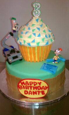Love this general idea for a Phineas and Ferb cake
