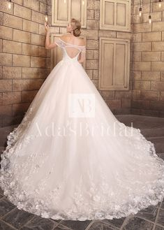[326.00] Gorgeous Tulle Off-the-shoulder Neckline Ball Gown Wedding Dresses - kyrabridal.com
