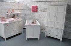 Brocante babykamer Bench, Storage, Furniture, Home Decor, Purse Storage, Decoration Home, Room Decor, Larger, Home Furnishings