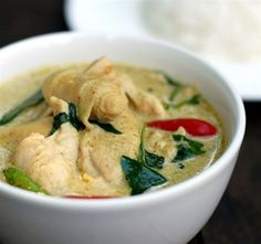 Scrumpdillyicious: Chicken in Thai Green Curry
