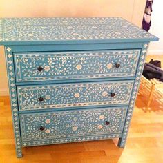 1000 images about painting on furniture on pinterest - Stencil patterns for furniture ...