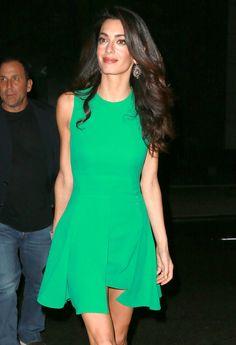 Robe verte - Les plus beaux looks d'Amal Clooney - Elle Amal Clooney, Kylie Minogue, Celebrity Style, Dress Up, Sequins, Rompers, Celebrities, My Style, People