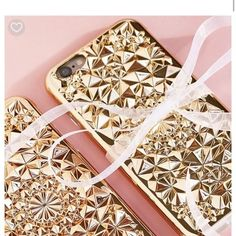 Excited to announce our cases are now available at @freepeople 🎉 FelonyCase.com | @felonycase | pinterest: felony_case  #phonecase #felonycase #kaleidoscope #iphone #iphone7 #iphonex #cellphonecases #iphonecases #babesofinstagram #fashion #style #lifestyle #bloggerstyle #trendy #coolstyle #instastyle #marble #holographic #iphonestyle