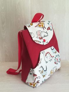 Coin Couture, Baby Couture, Couture Sewing, Diy Bag Designs, Applique Fabric, Loom Knitting, Leather Backpack, Fashion Backpack, Sewing Projects