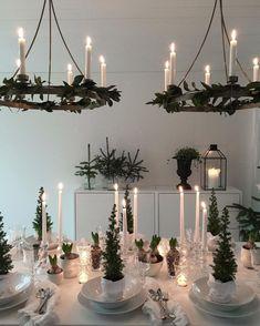 16 Best Ideas Vintage Christmas Home Decor Xmas Ikea Christmas, Christmas Interiors, Christmas Mood, Scandinavian Christmas, Vintage Christmas, Christmas Crafts, Decoration Table, Xmas Decorations, Deco Table Noel