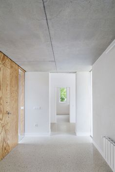 House in Front of a Stream / 05 AM Arquitectura