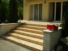 www.kerthazlakas.hu www.facebook.com/kordaiepito Deck, Facebook, Outdoor Decor, Home Decor, Homemade Home Decor, Front Porches, Decks, Decoration Home, Decor