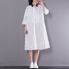 2017 stylish sundress vertical strips plus size shift dress white half sleeve cotton shirt dressesThis unique deisgn deserves the best quality texture. The fabric of this article is soft, comfortable and breathy. Plus Size Red Dress, Look Plus Size, Plus Size Casual, Plus Size Dresses, Nice Dresses, Maxi Dress With Sleeves, Dresses With Leggings, Half Sleeves, Short Sleeve Dresses