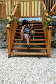 #girl #AnitaKaluser #modellpics #legs #body #beautiful #dogmodell #dog #cute #love