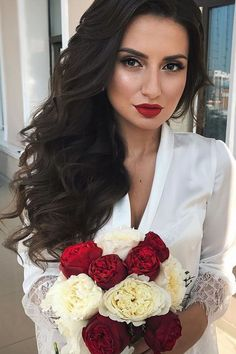 Exquisite Wedding Hairstyles With Hair Down ❤ See more: http://www.weddingforward.com/wedding-hairstyles-down/ #weddings