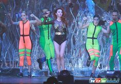With her 2015 Play World Tour, singer-actress Jolin Tsai will come perform in Chinese mainland throughout July. She is scheduled to perform in Beijing on July 11. http://www.chinaentertainmentnews.com/2015/06/jolin-tsai-to-tour-in-china.html