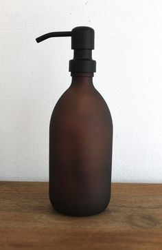 Amber Brown Matt Glass Soap Dispenser Bottle in With Stainless Steel Pump by KuishiHome on Ets Shampoo Dispenser, Soap Dispensers, Gaudi, Reuse Bottles, Brown Glass Bottles, Rustic Bathroom Designs, Soap Packaging, Bottle Packaging, Bathroom