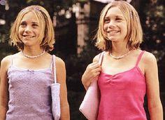"""Que atire a primeira pedra a pessoa que nunca assistiu ao seriado """"Três é Demais"""", com as irmãs Olsen interpretando a pequena Michelle Tanner. Mas o sucesso foi grande e a dupla não parou por aí. Juntas, elas já fizeram mais de 15 filmes, entre eles """"As Namoradas do Papai"""", """"Férias em Roma"""" e """"No …"""