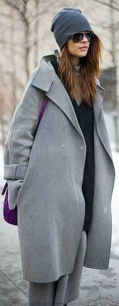 14 Oversized Grey Coats For Women to Stay Warm and Look Chic 2018 Uk Fashion, Grey Fashion, Fashion Week, Fashion Trends, Oversized Mantel, Oversized Coat, Looks Street Style, Looks Style, Grey Coats For Women