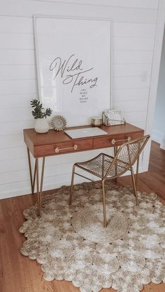 Boho Küche White Wood Boho Office Rug Bohemian Style Decor Shiplap Desk Organize Your Life. Industrial Office Design, Office Interior Design, Home Interior, Industrial Table, Workspace Design, Interior Livingroom, Office Designs, Apartment Interior, Office Rug