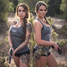 Here you find very hot and dangerous Women & Guns, Military Girls, IDF Roses. N Girls, Cute Girls, Hunting Girls, Military Girl, Female Soldier, Military Women, Badass Women, Paintball, Country Girls