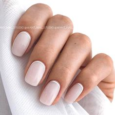 Natural nails are healthy nails. You can wear them both short or long length, as. Natural nails are healthy nails. You can wear them both short or long length, as long as they look neutral and chic. They are perfect for spring invoking. Blush Nails, Neutral Nails, Nude Nails, Casual Nails, Trendy Nails, Silver Nails, White Nails, Ongles Beiges, Milky Nails