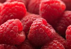 I will admit, these little beauties, aka raspberries, are somewhat expensive, but they are a super delicious snack to have from the fridge, or to bring into work, are virtually fat free, and ooze with  benefits, such as helping to heal broken bones, can you believe it!!