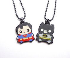 Hey, diesen tollen Etsy-Artikel fand ich bei https://www.etsy.com/de/listing/212479398/bestfriends-superman-und-batman-collier