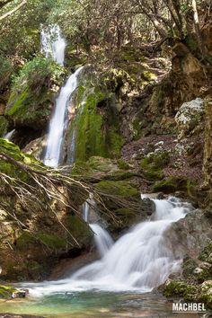 Trío de cascadas en Es Salt des Freu Cascada de Es Salt des Freu en Mallorca Islas Baleares by machbel
