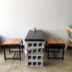 갓 오픈한 카페지만, 이미 인스타그램에서 종종 보이는 곳이라 여기도 오픈한지 얼마 되지 않았지만 핫할 ... Outdoor Restaurant Patio, Cafe Japan, New Home Wishes, Coffee Shop Design, Small Cafe, Restaurant Design, Studios, Office Interiors, Interior Design