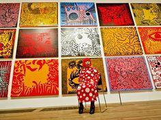 Durante a década de 1960, os Estados Unidos presenciaram o desabrochar do movimento que colocaria Andy Warhol no topo do mundo: o pop art. Além dele, diversos outros artistas encontraram nesse movimento um ponto de apoio para mostrarem seu trabalho, abalando a ideia que se fazia da arte até então. Entre eles, estavaYayoi Kusama. Kusama nasceu na cidade de Matsumoto, …