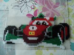 Coffret Hama &Cars 2& il vous faut 3 grandes plaques carrées Cliquez sur l'image pour l'avoir en grande D'autres modéles Cars : Flash McQueen Flash McQueen et Sally Martin et Luigi Flash McQueen