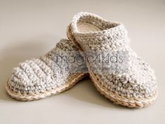 Crochet pattern men basic slippers with rope solessoles