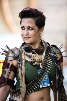 dystopia / post apocalyptic / wasteland warrior / Mad Max / cosplay for women / LARP
