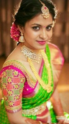 Cutwork Blouse Designs, Wedding Saree Blouse Designs, Pattu Saree Blouse Designs, Blouse Patterns, Saree Wedding, Wedding Shoot, Wedding Saree Collection, Hand Work Blouse Design, Varanasi