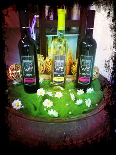 Drei Engel für Weinliebhaber - Three angels for wine lovers #dorfwy #Wein #Wine #Bottles