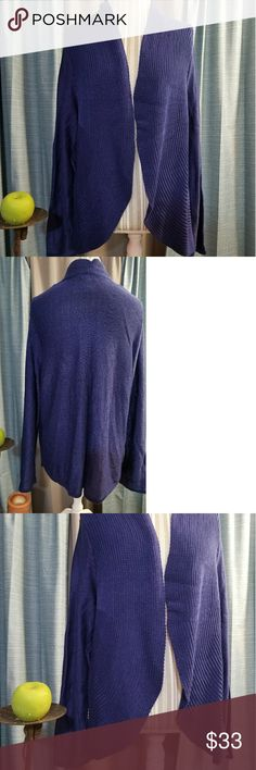 🌻🌺🌻CHICO'S KNIT CARDIGAN/SWEATER!! SIZE:3 in Chico's sizing    BRAND:Chico's   CONDITION:like new, no flaws   COLOR:blue (best seen in last photo)   🌟POSH AMBASSADOR, BUY WITH CONFIDENCE!   🌟CHECK OUT MY OTHER ITEMS TO BUNDLE AND SAVE ON SHIPPING!   🌟OFFERS WELCOME!   🌟FAST SHIPPING! Chico's Sweaters