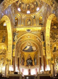 Cappella Palatina in Palermo: A Tribute to Tolerance - Italian Notes Siena Italy, Puglia Italy, Sicily Italy, Venice Italy, Sicily Travel, Italy Travel Tips, Travel Destinations, Best Of Italy, Palermo Sicily