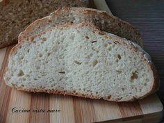 Il pane veloce fatto in casa: un pane leggero e ben lievitato nonostante la velocità, la ricetta giusta per le emergenza e per quando si ha poco tempo!